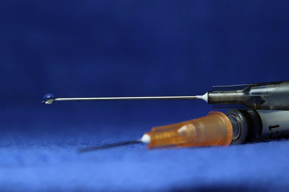 syringe-3908157_960_720