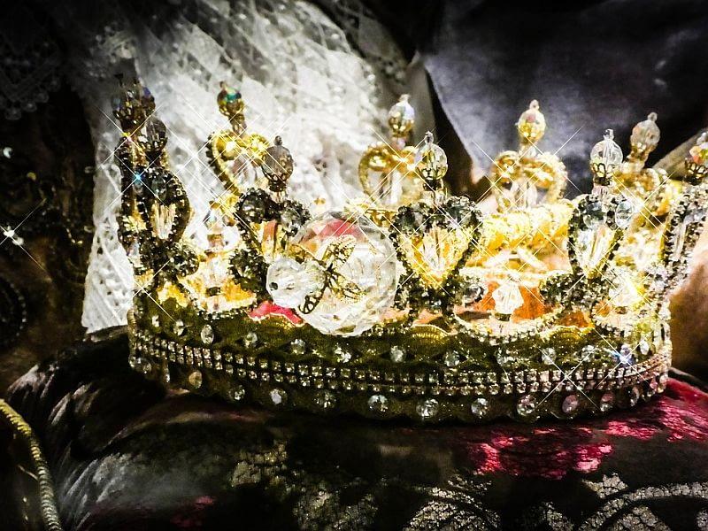 crown-2661334_960_720